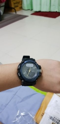 The Professional Waterproof Bluetooth SmartWatch For Android and iOS photo review